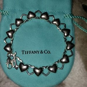 TIFFANY HEAVY RARE HEART BRACELET